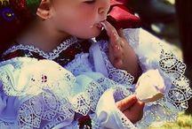 Costume si traditii populare ROMANESTI