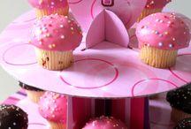 Birthday & Naming Days Cakes & Lollies / Birthday & Naming Days Cakes & Lollies