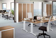 Bureaux opérateurs / Découvrez les bureaux opérateurs de Bram ! Pieds fixes, réglables, plans compacts ou droits, il y en a pour tous les goûts ! A vous de choisir votre coloris ! http://buro-bram.com/bureaux-operateurs-pieds-fixes.html