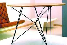 Inspiratie horeca interieur minimalistisch / VanSloophout is gespecialiseerd in het leveren van maatwerk producten op het gebied van hout, staal, beton en dit gecombineerd met elkaar. Deze pagina dient als inspiratie op het gebied van horeca interieur en laat zien wat wij voor jouw bedrijf kunnen betekenen!