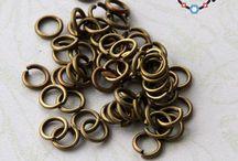 Les fournitures en couleur bronze / Retrouvez toutes les fournitures pour créer des bijoux fantaisie dans une déclinaison bronze : http://www.materiel-bijoux.fr/33-fournitures-bronze
