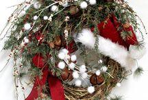 Gotta love those Wreaths