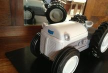 tractor /boy cake