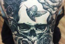 tato kupu-kupu di punggung