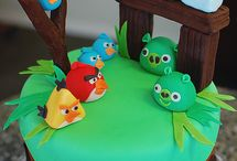 AWESOME CAKES / by Susan Roepke