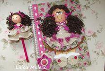 boneca para caderno