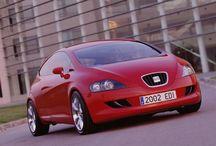 Seat / Seat Photos. Das spanische Unternehmen wurde 1950 Gegründet und gehört zum deutschen Volkswagen-Konzern.