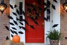 Halloween Retail Decor Ideas