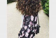 Curly  / Curly hair