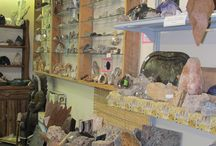 """Rocks, Gems, Fossils & Minerals / Calling all """"rock hounds.""""  Come to the Rock Shoppe & explore our treasure room of collectible rocks and minerals.  Fossils. geodes & collectibles."""