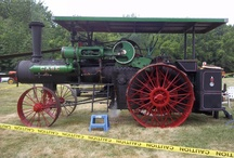 Steam traction engines / by Bruce Lessig