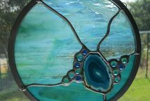 Abstract round Suncather with agate