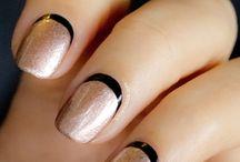 Black Nail Polish / All types of black nails art that we love