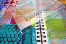 Gelatin Prints / Ideas for making monoprints using gelatin and gelli plates.