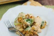 chicken recipes / by Cheryl Guthrie-Cechovsky