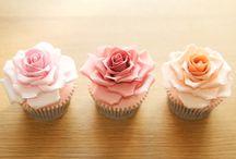 Cupcakes ♥ / by Lori Smith