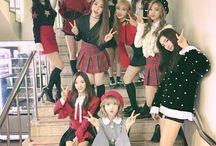 Cosmic Girls / WJSN / SeolA  XuanYi  Bona  EXY Soobin Luda  Dawon  Eunseo  ChengXiao  MeiQi  Yeoreum  Dayoung  Yeonjung