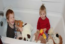 Ways to Keep Toddlers Busy / 20 More Ways to Keep Toddlers Busy