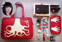 What's in her Cykochik Vegan handbag? / Take a peek inside our fan's Cykochik handbags!