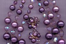 juwele per hand gemaak.