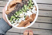 Vegan Smoothie Bowls / Delicious plant-based smoothie bowls.
