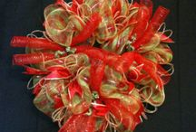 Mesh Holiday Wreaths