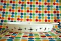 i <3 vintage Pyrex / ...because it's better than plastic ware. :)