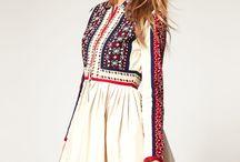 slovanské šaty