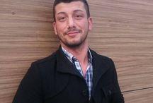 Rami Badouch ✓ / Rami Badouch ist seit über 17 Jahren im Online Marketing und gründete vor 12 Jahren seine Agentur Rami Marketing (zuvor: Rami Media) mit Sitz in Stuttgart. Er arbeitet an mehreren erfolgreichen Projekten in Deutschland und in der Schweiz aktiv mit.  Im Bereich Website-Entwicklung, Suchmaschinenoptimierung (SEO) und Social Media Marketing setzt er individuelle Projekte für gewerbliche und öffentliche Auftraggeber um.