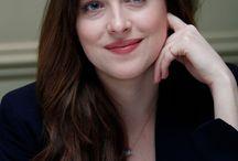 dakota johnson / actress
