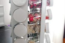 Small item craft room storage ideas / Spice rack for small buttons and tiny things