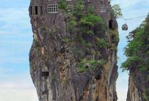 Extreme houses and places