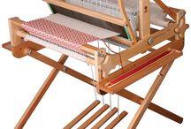 weawing...