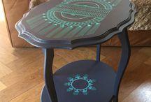 table repeinte