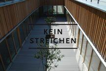 Graue Terrassendielen, modernes Design / Dielen für Terrasse in hellgrau, normalem grau oder anthrazit aus WPC (Holz und Kunstoff)