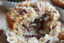 Muffins Cakes and Things / by Lauren Greene