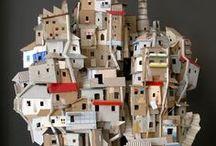 FAVELA și CASE carton și lemn