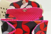 strihy kabelky tasky a klobuky