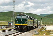 Tibet Bahnreisen / Entdecken Sie das einzigartige Tibet durch eine Zugreise entlang der legendären Qinghai Tibet Bahn.