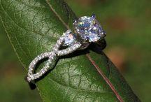 Weddings / by Emmy Miller