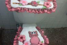 conjunto de banheiro / by Renata Nunes