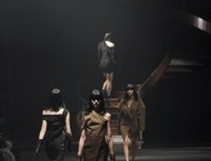 RUNWAY / by Pame Botto