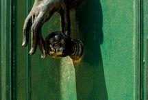door handles and knobs
