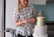 Cake Decorating Tutorials / Learn techniques, decoration styles, and basic skills for your fondant cakes from me, Felicity Cook (creator of Sugar Bee Cakes). Helping skill levels from basic to advanced with working with fondant for weddings, birthdays, baby cakes and more.