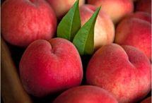 Fruit / by Karin Hofman