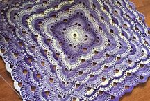 Virus Blanket / A beautiful crochet blanket, easy to remember pattern and great alternative to granny squares.