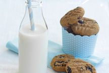 Gluten-Free Cookies / Gluten is a protein found in certain grains, such as wheat, rye, and barley. Gluten-free cookies do not contain those grains. http://www.cookie-elf.com/gluten-free-christmas-cookies.html