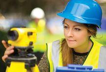 Woman Surveyor / Chi lo ha detto che è un lavoro per uomini?