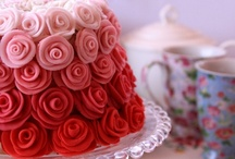 Cakes and Cupcakes / by Rosanella ʚϊɞ