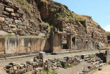 Chavín de Huantar / Chavín de Huántar es un sitio arqueológico símbolo del Perú, está ubicado en el departamento de Ancash, a más de 3000 metros sobre el nivel del mar. #turismo #Peru #Ancash